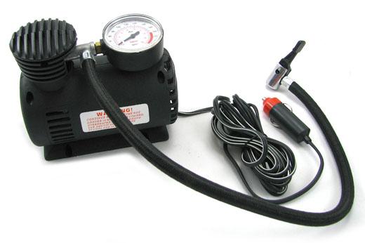 Mini kompresor nabíjateľný z autobaterie